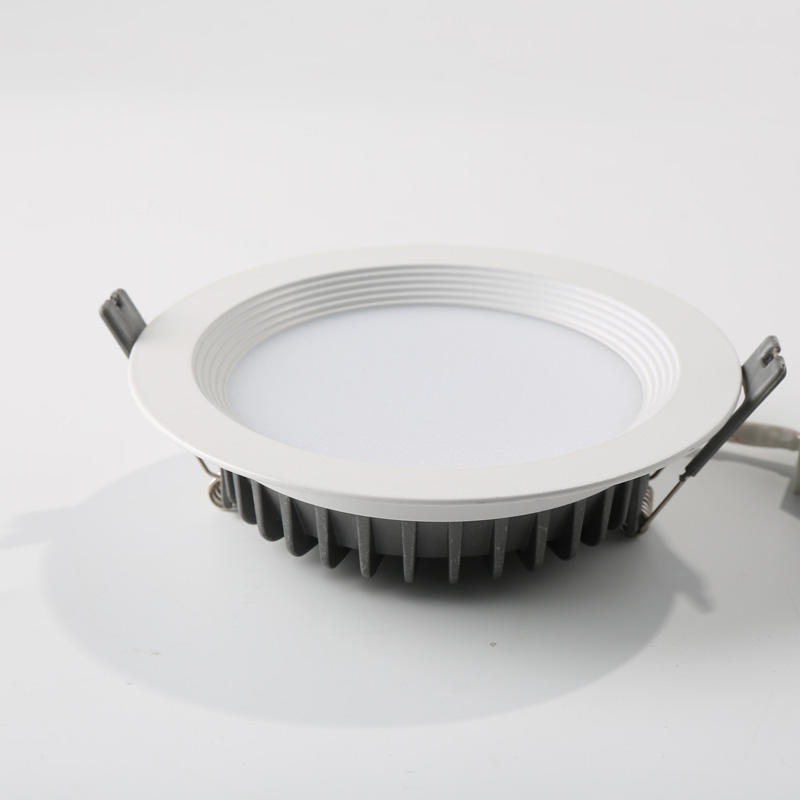 6 CCT downlight